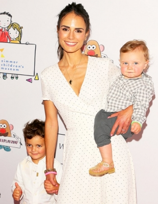 Jordana Brewster and Andrew Form surrogacy