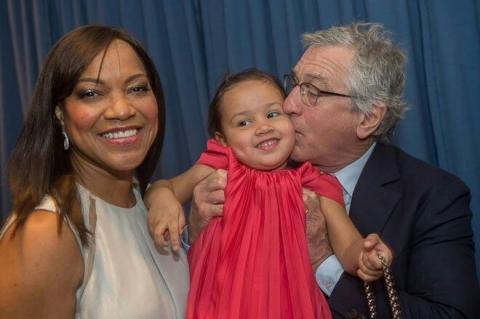 Three of their six children of Robert Deniro were born by surrogate mothers